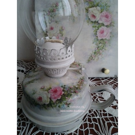 Лампа керосиновая с розами